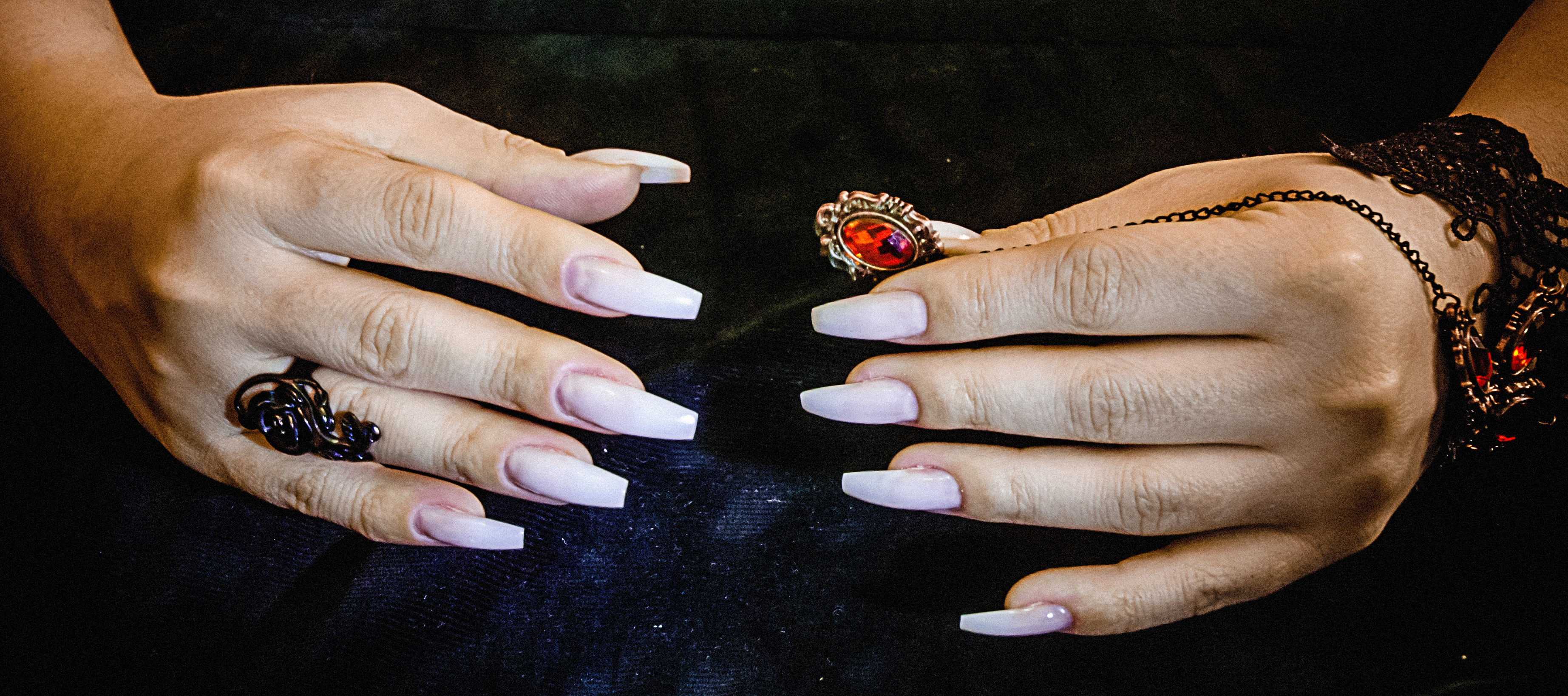 Loft Nail Spa - Nail salon in Chicago, IL 60654